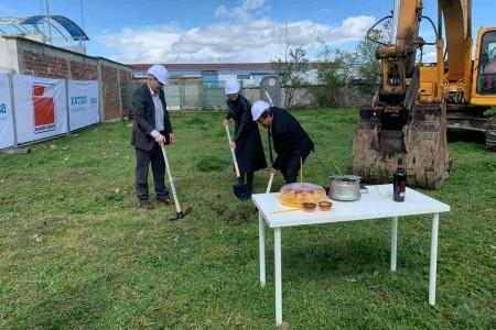 """Първа копка на новия завод на """"Катек електроник България"""""""